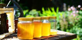 6 Natuurlijke manieren om huid en haar mooier te maken met honing