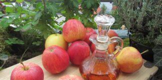 4 Manieren om appelazijn in je schoonheidsroutine op te nemen