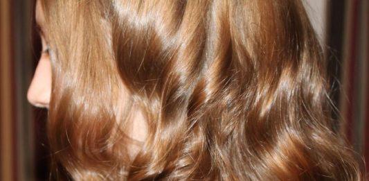 5 Manieren om het haar glanzend te houden