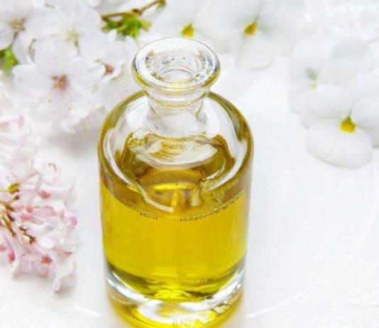 Body olie om het lichaam mooi te maken en te hydrateren