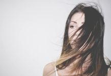 6 Manieren om je hoofdhuid vrij te houden van roos en mooi, glanzend haar kunnen hebben