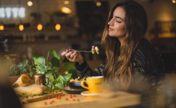 De voordelen van bewust eten en wat het de gezondheid brengt