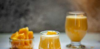 Frozen mango met kokosyoghurt