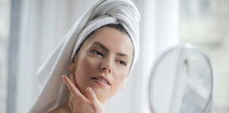 Hoe maak je een droge huid op een natuurlijke manier mooi en gezond