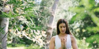 Verrijk je yoga-oefeningen met mindfulness voor duurzame ontspanning