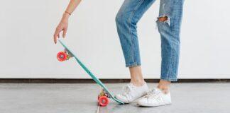 Skateboardend naar werk of wandelen met de buurvrouw?